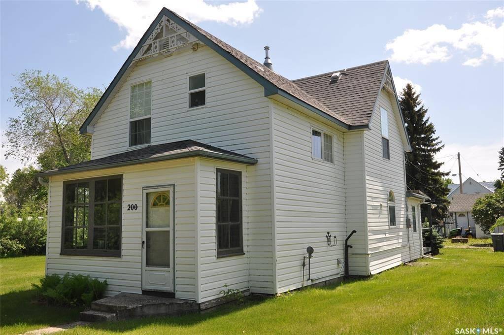 House for sale at 200 2nd St Dundurn Saskatchewan - MLS: SK783150