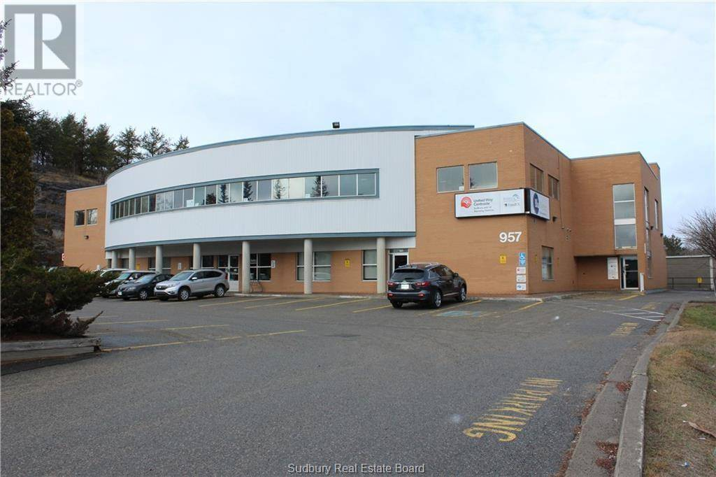 200 - 957 Cambrian Heights Drive, Sudbury | Image 1