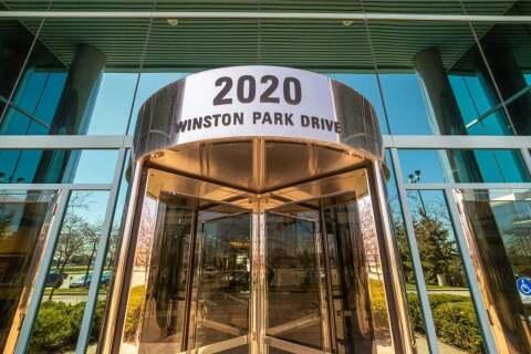 200-b1 - 2020 Winston Park Drive, Oakville | Image 1