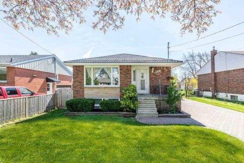 House for sale at 200 Fernwood Cres Hamilton Ontario - MLS: X5053737