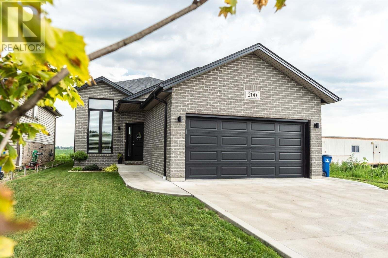 House for sale at 200 Manning Dr Chatham Ontario - MLS: 20010298