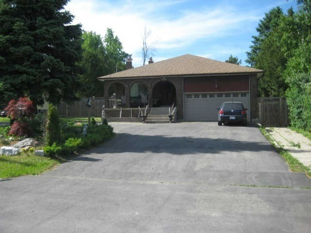 Sold: 200 Martins Street, Pickering, ON