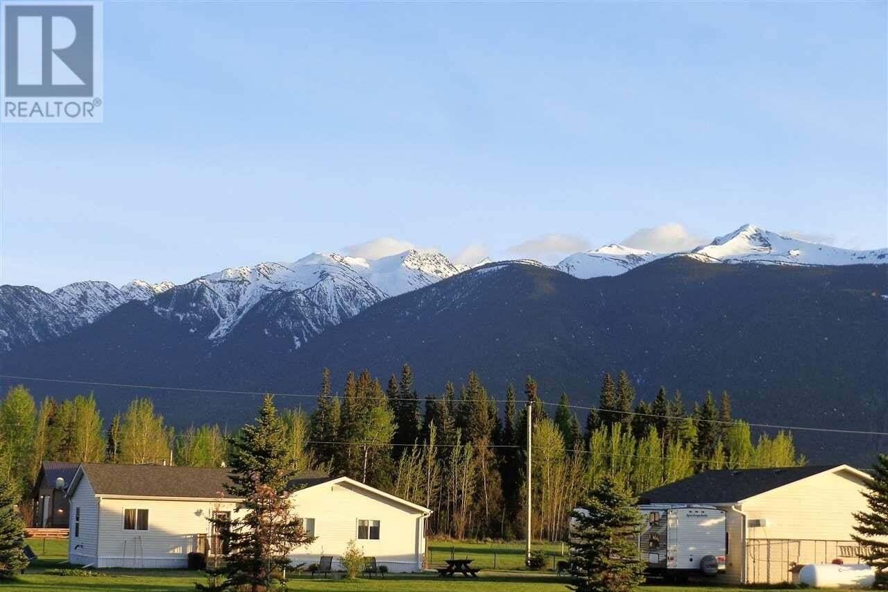 Residential property for sale at 200 Shantz Pl Mcbride British Columbia - MLS: R2454944