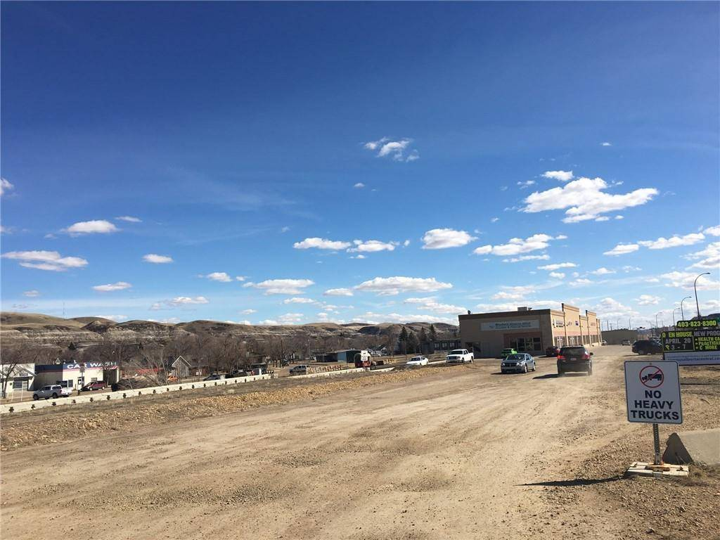 Home for sale at 200 South Railway Ave E Downtown Drumheller, Drumheller Alberta - MLS: C4252722