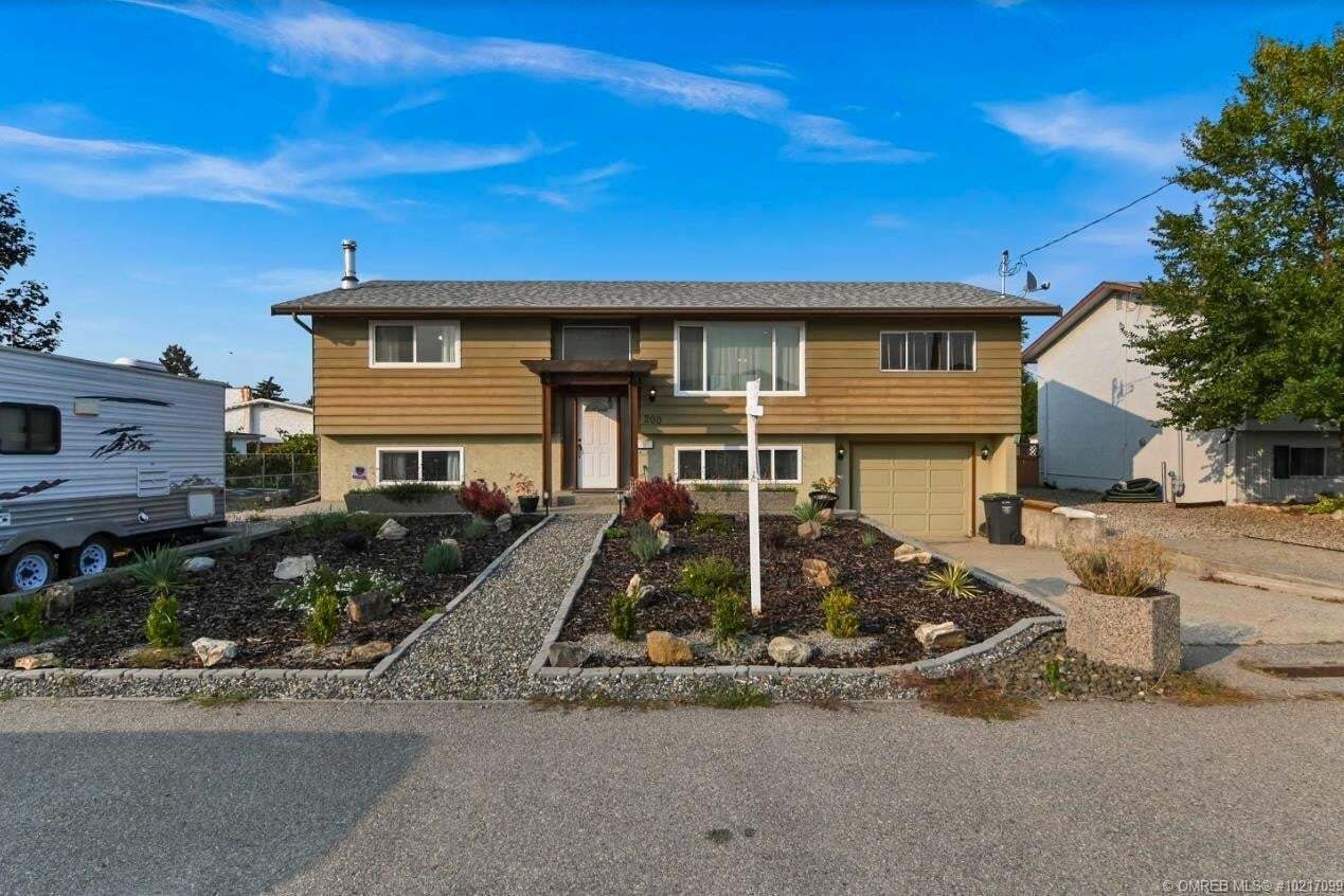 House for sale at 200 Sumac Rd East Kelowna British Columbia - MLS: 10217099