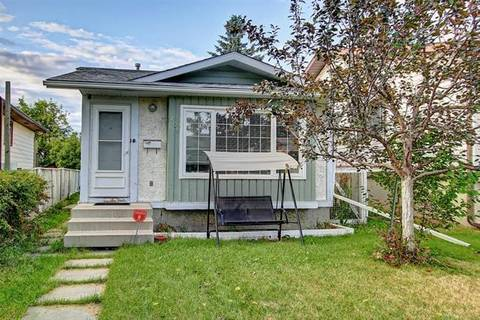 House for sale at 200 Templevale Rd Northeast Calgary Alberta - MLS: C4263824