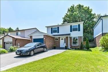 House for sale at 200 William Roe Blvd Newmarket Ontario - MLS: N4532966