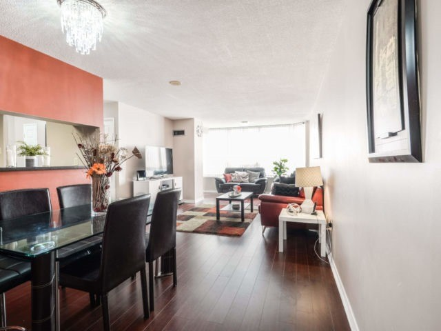 2001 - 400 Webb Drive, Mississauga — For Sale @ $429,800   Zolo.ca