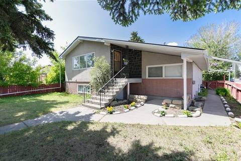 House for sale at 2001 41 St Southeast Calgary Alberta - MLS: C4249030