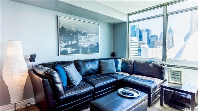 For Sale: 2001 - 81 Navy Wharf Court, Toronto, ON | 1 Bed, 1 Bath Condo for $599,800. See 20 photos!