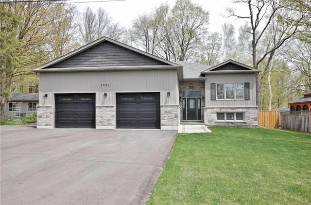 For Sale: 2001 Kate Avenue, Innisfil, ON | 3 Bed, 2 Bath House for $849,000. See 20 photos!