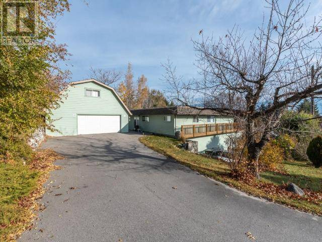 Home for sale at 2002 Bench Dr West Penticton British Columbia - MLS: 182187