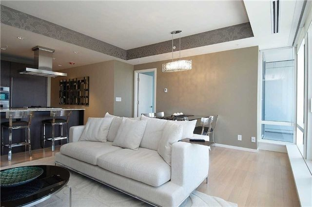 For Sale: 2003 - 180 University Avenue, Toronto, ON | 1 Bed, 2 Bath Condo for $1,399,000. See 20 photos!