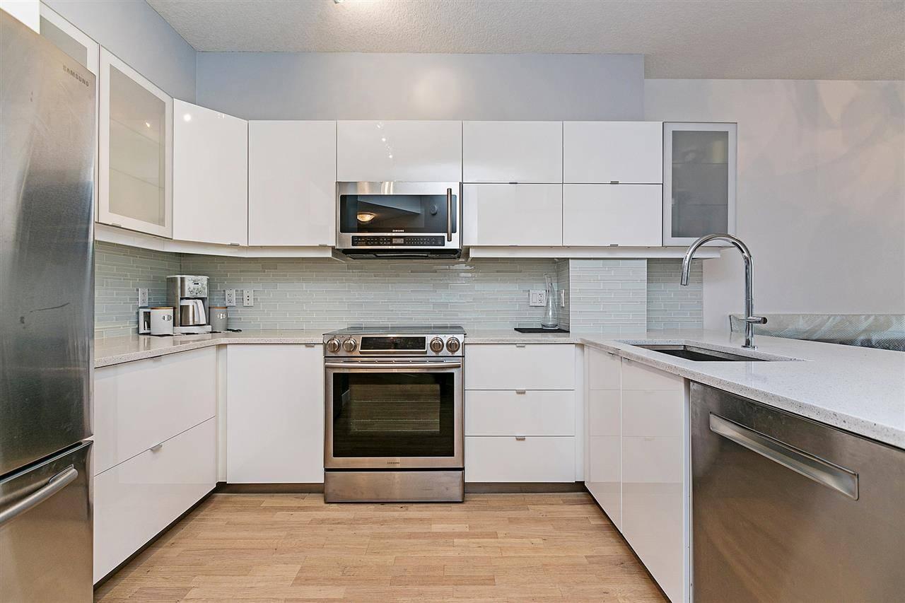 Condo for sale at 10152 104 St Nw Unit 2004 Edmonton Alberta - MLS: E4167283