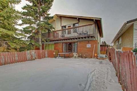 Townhouse for sale at 2005 40 St SE Calgary Alberta - MLS: C4295917