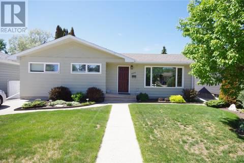 House for sale at 2006 Morgan Ave Saskatoon Saskatchewan - MLS: SK774547