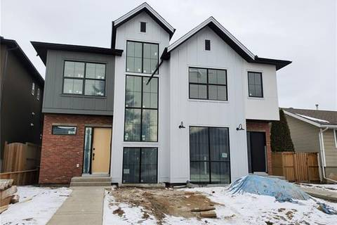 Townhouse for sale at 2007 35 St Southwest Calgary Alberta - MLS: C4292329