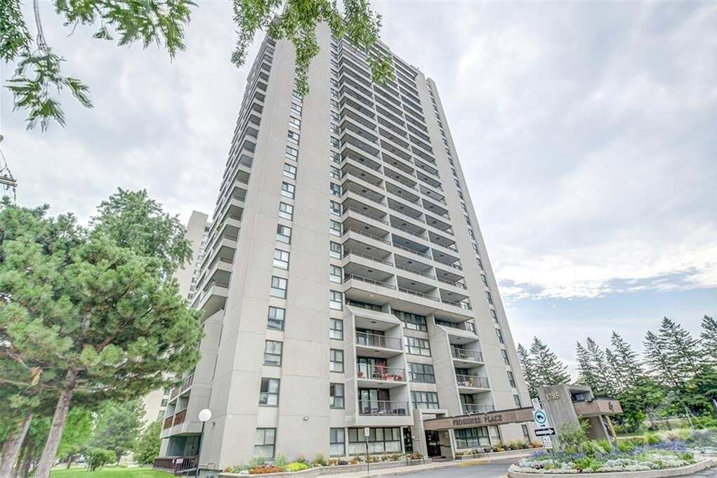 Property for rent at 1785 Frobisher Ln Unit 2008 Ottawa Ontario - MLS: 1193560