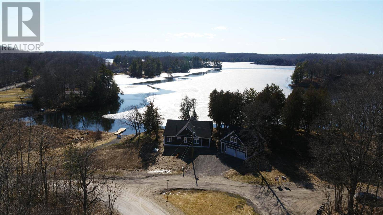 House for sale at 2008 Eel Bay Rd South Frontenac Ontario - MLS: K20001732