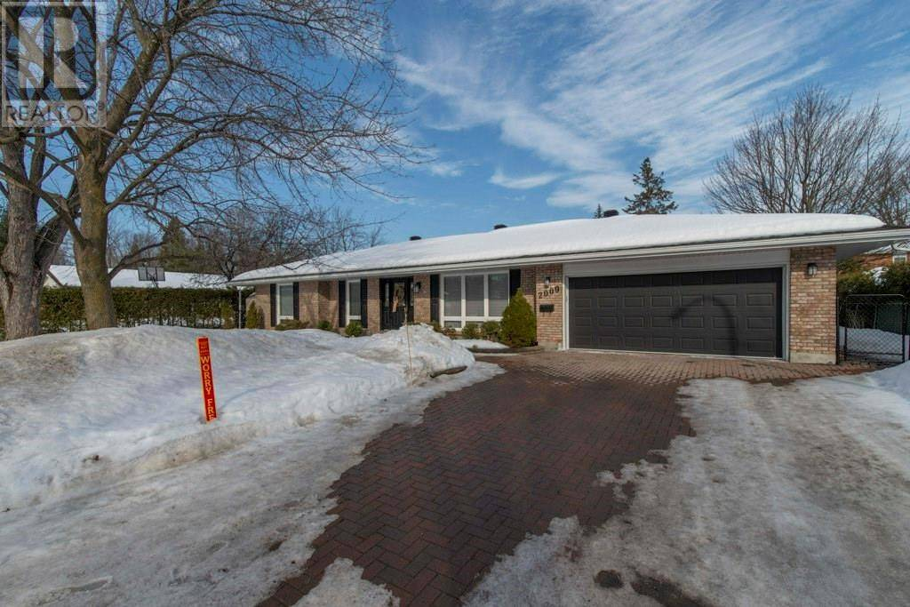 House for sale at 2009 Woodway Dr Ottawa Ontario - MLS: 1183706