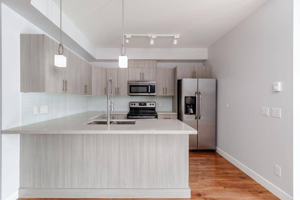 Buliding: 12070 227 Street, Maple Ridge, BC