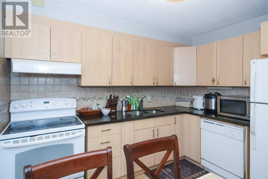 Condo for sale at 1380 Wales Dr Unit 201 Ottawa Ontario - MLS: 1175525