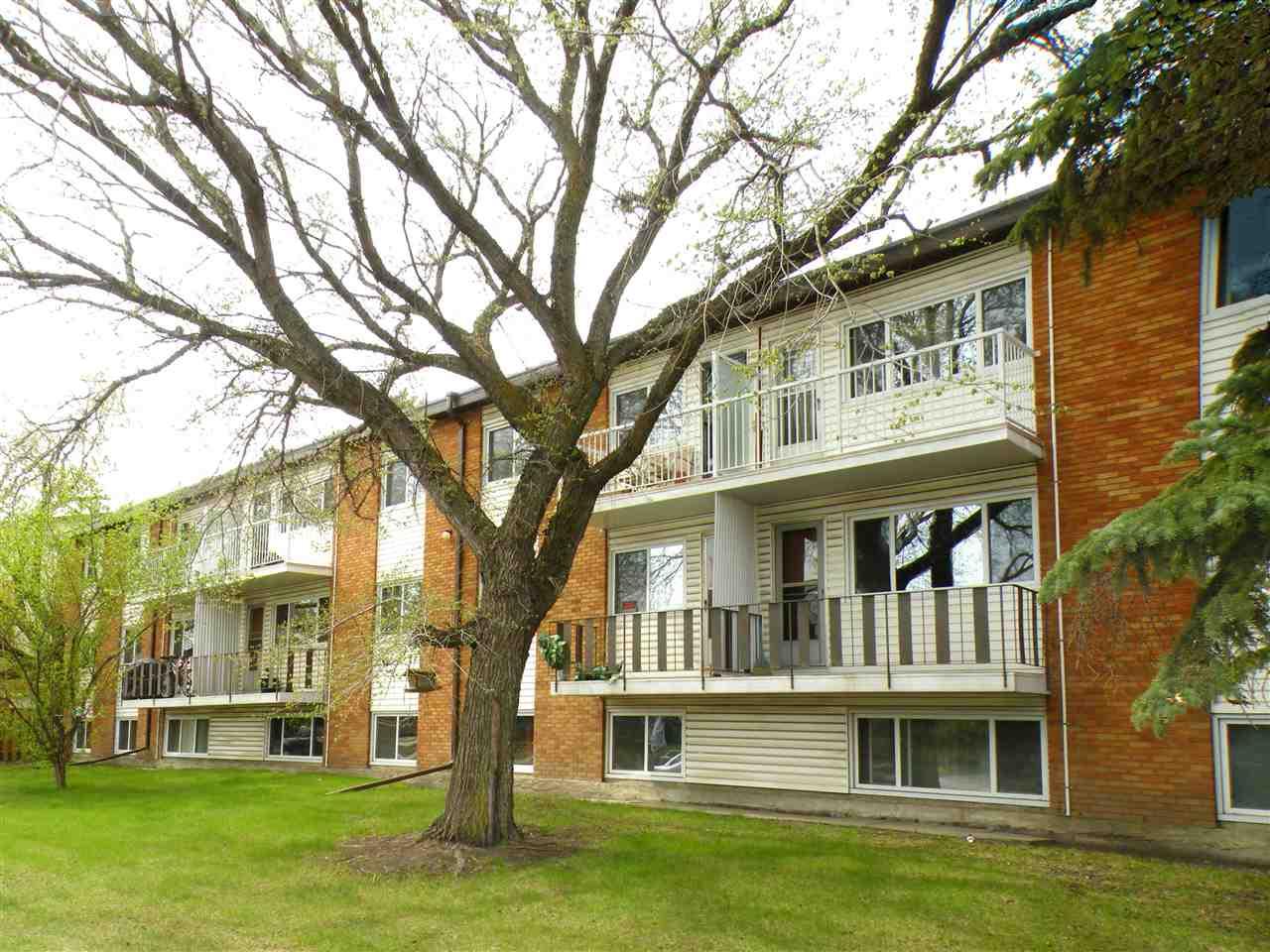 Buliding: 14903 92 Avenue, Edmonton, AB