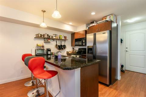 Condo for sale at 19774 56 Ave Unit 201 Langley British Columbia - MLS: R2420805