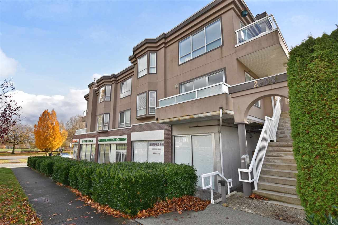 Removed: 201 - 2288 Newport Avenue, Vancouver, BC - Removed on 2019-08-30 05:45:20