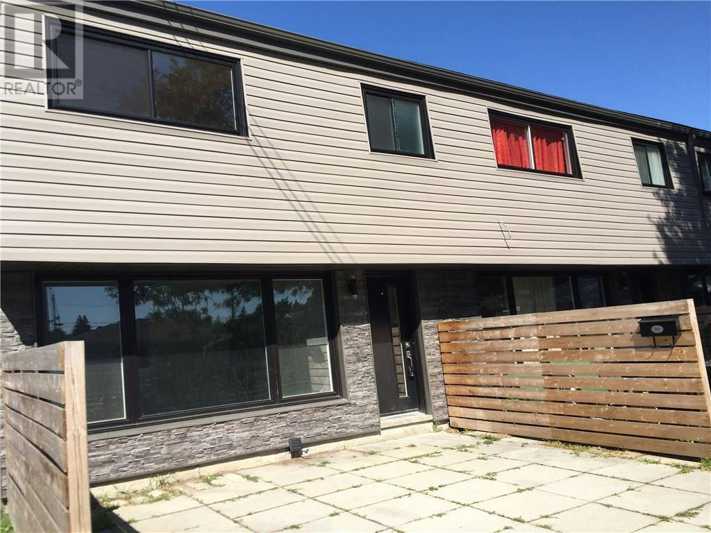 Townhouse for rent at 250 Montmorency Dr Unit 201 Hamilton Ontario - MLS: 30757893