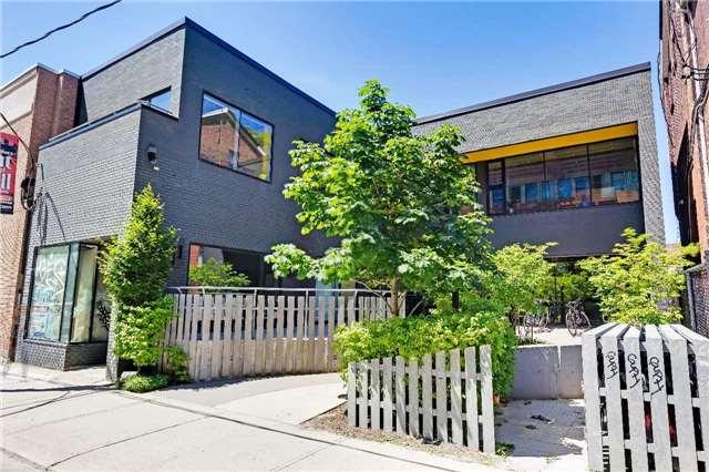 For Rent: 201 - 376 Bathurst Street, Toronto, ON | 1 Bath Property for $25. See 10 photos!