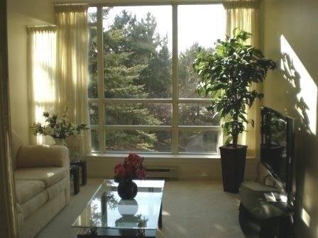 Apartment for rent at 45 Kingsbridge Garden Circ Unit 201 Mississauga Ontario - MLS: W4388980