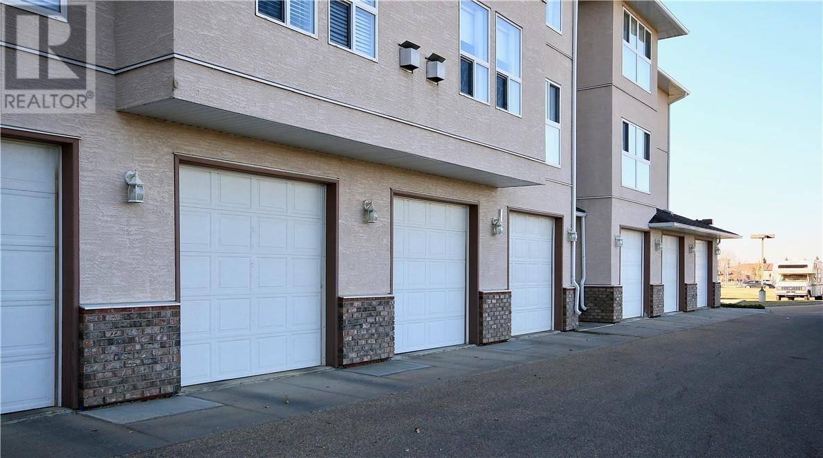 Condo for sale at 4623 65 St Unit 201 Camrose Alberta - MLS: ca0181154