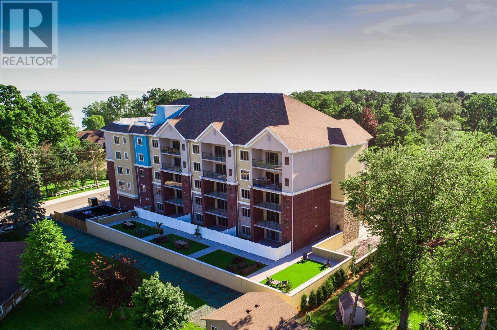 Condo for sale at 6 Park St Unit 201 Kingsville Ontario - MLS: 19019024