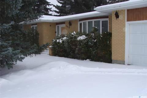 House for sale at 201 8th Ave W Watrous Saskatchewan - MLS: SK797312