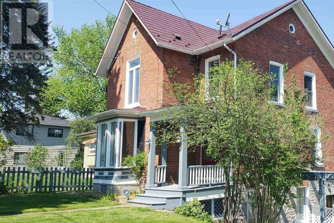House for sale at 201 Dundas St Napanee Ontario - MLS: K20002725