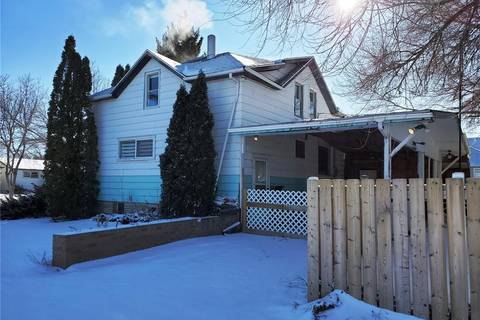 House for sale at 201 Herbert St Maple Creek Saskatchewan - MLS: SK788994