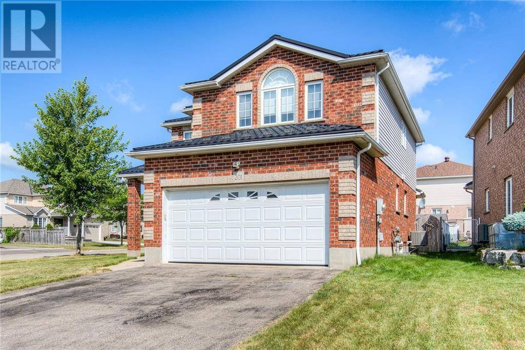 House for sale at 201 Highgate Ct Kitchener Ontario - MLS: 30750325