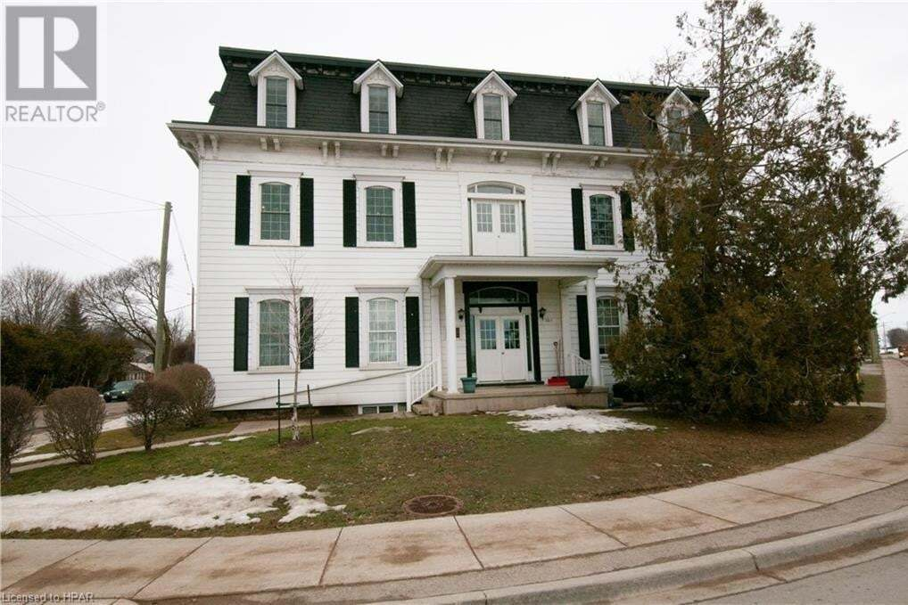 Townhouse for sale at 201 King St Clinton Ontario - MLS: 30797042