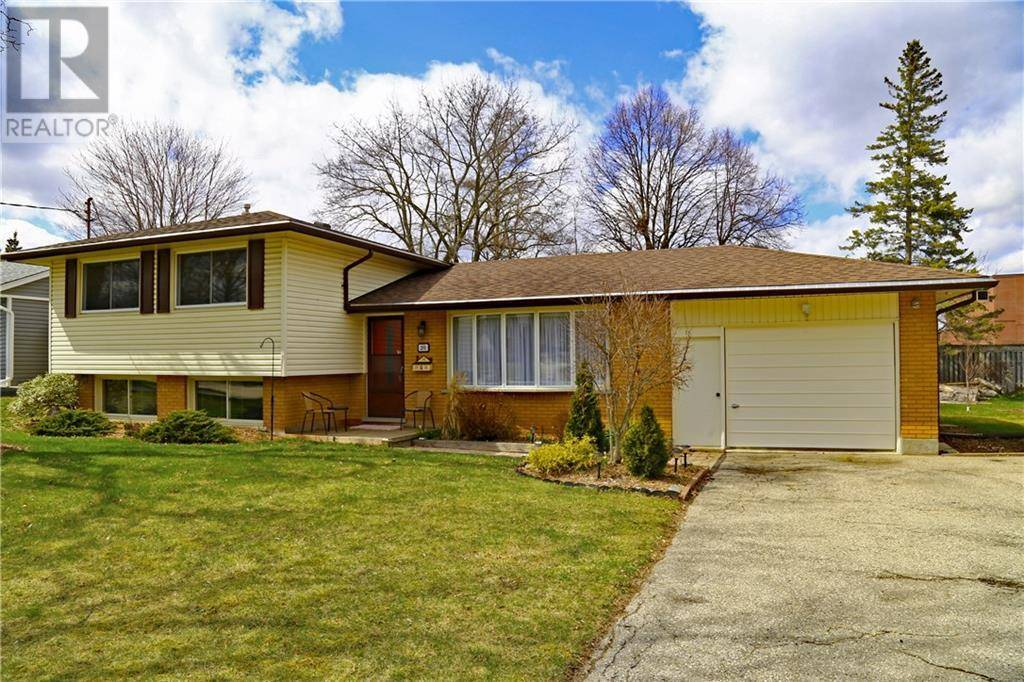 House for sale at 201 Stonybrook Dr Kitchener Ontario - MLS: 30800806