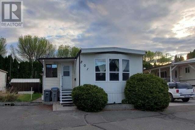 Home for sale at 201 Universal Way  Kamloops British Columbia - MLS: 156335