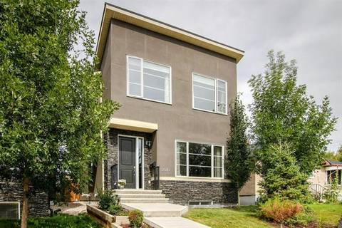 House for sale at 2010 18 Ave Northwest Calgary Alberta - MLS: C4264723