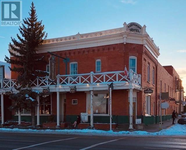 Residential property for sale at 2011 20 Ave Nanton Alberta - MLS: ld0184059