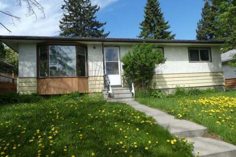 House for sale at 2011 39 St SE Calgary Alberta - MLS: A1018794