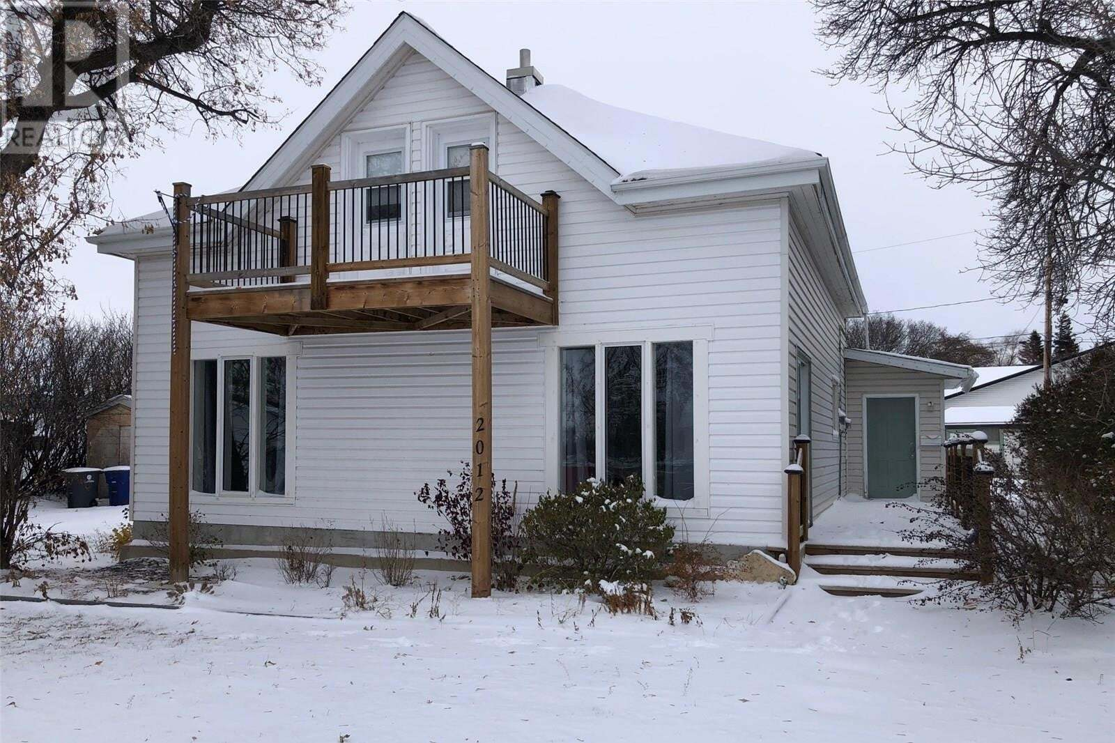 House for sale at 2012 9th St Rosthern Saskatchewan - MLS: SK813400