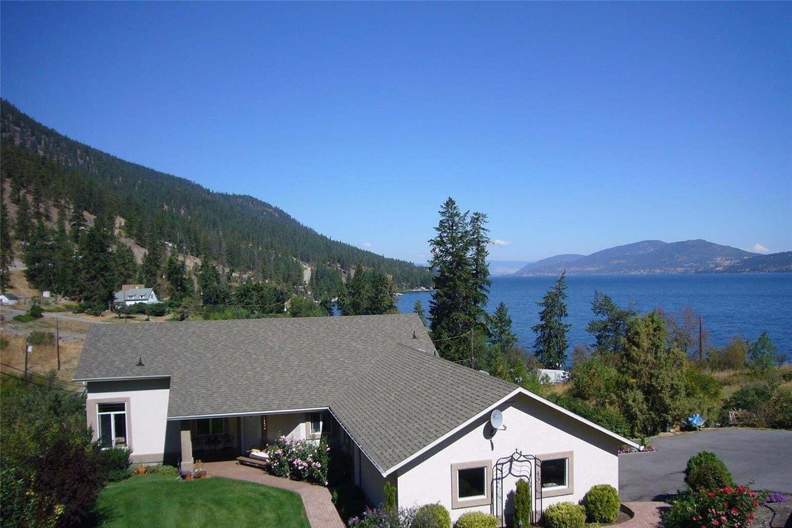 House for sale at 2012 Bolton Rd Kelowna British Columbia - MLS: 10204318