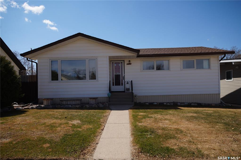 Removed: 2013 7th Street, Rosthern, SK - Removed on 2020-07-04 00:00:14