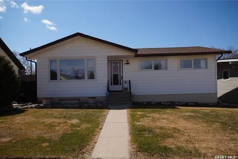 House for sale at 2013 7th St Rosthern Saskatchewan - MLS: SK801346