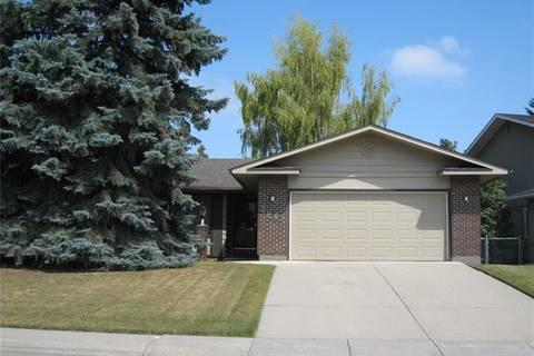 House for sale at 2015 Lake Bonavista Dr Southeast Calgary Alberta - MLS: C4292743