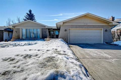 House for sale at 2016 Lake Bonavista Dr Southeast Calgary Alberta - MLS: C4276103